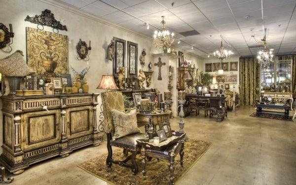 Merritt s unique furnishings magasin de meuble 31133 for A la maison westlake village ca