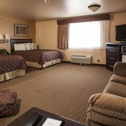 King Suite Photo Of Cottonwood Inn Suites Glasgow Mt United States