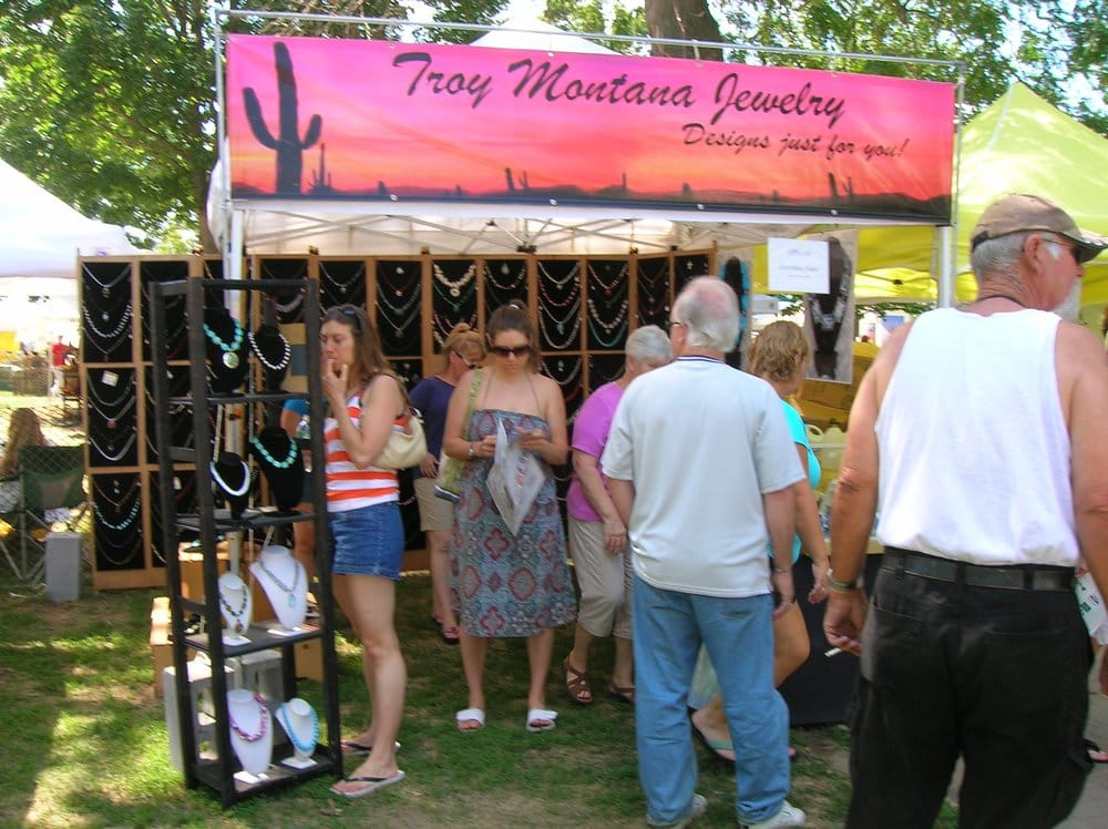 Outdoor booth display tidings memorial park havre de for Arts and crafts shows in florida