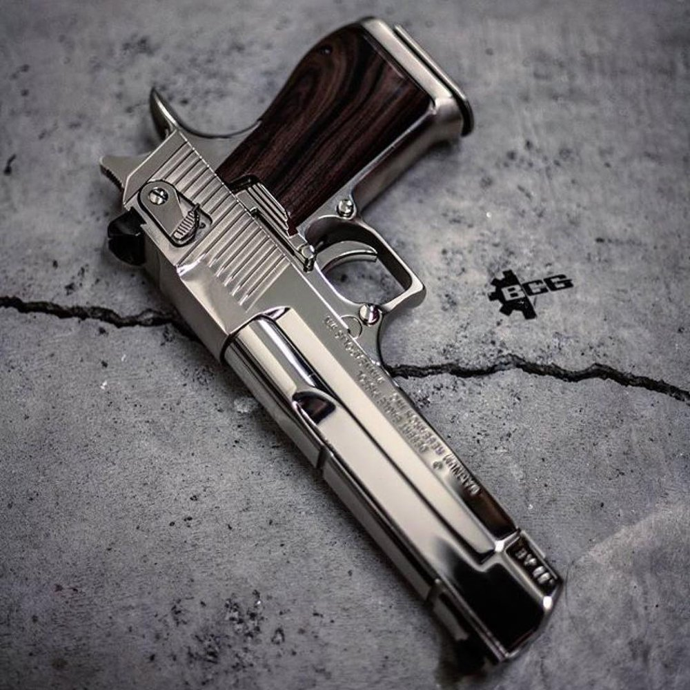 Social Spots from Mass Firearms
