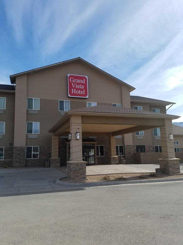 Grand Vista Hotel: 228 Railroad Ave, Parachute, CO