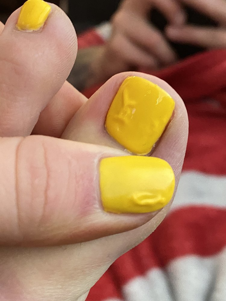 Luxi Nails: 4315 9th Ave W, Williston, ND