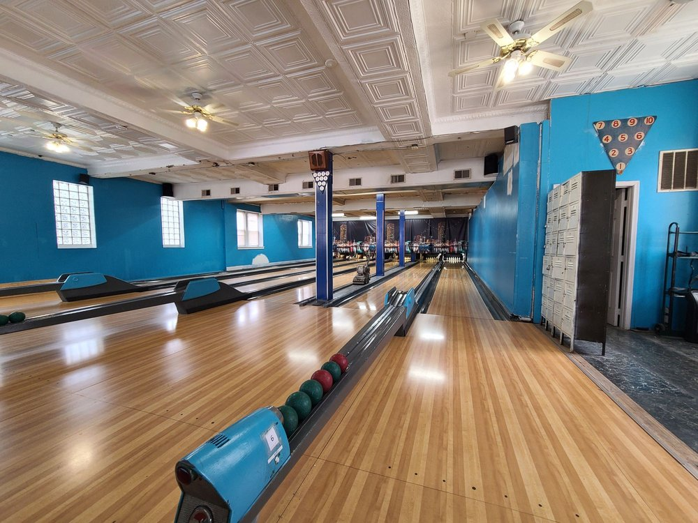 Patterson Bowling Center: 2105 Eastern Ave, Baltimore, MD