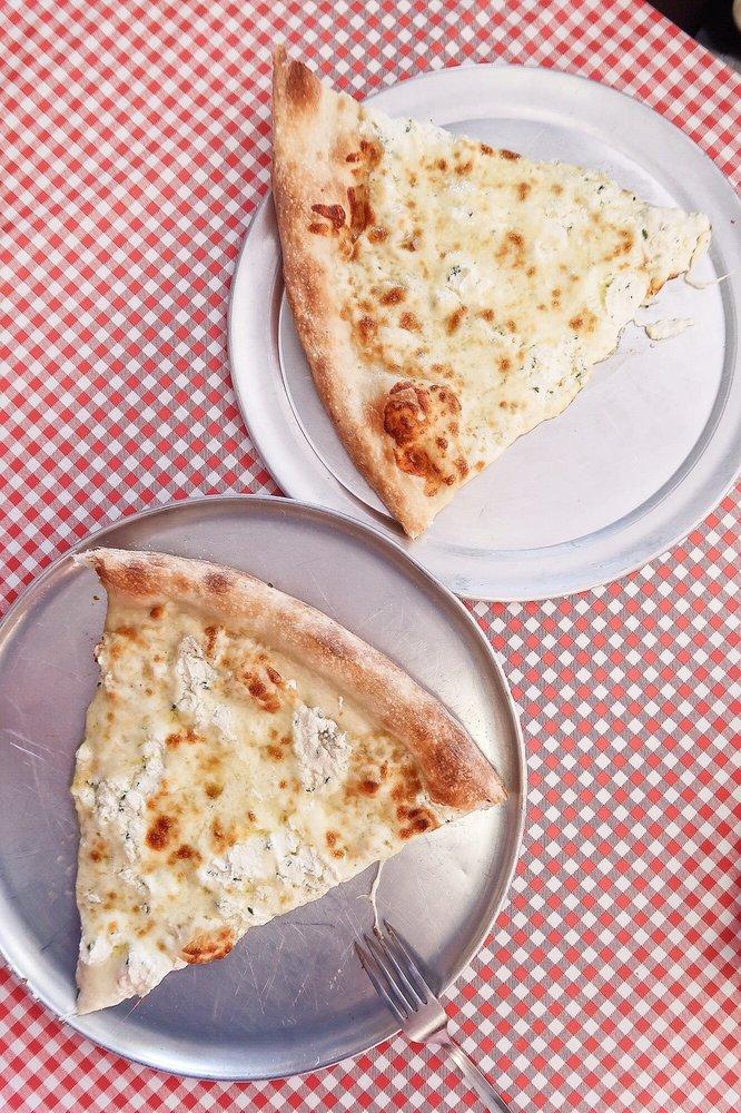 Marinara Pizza: 1915 N Central Expy, Plano, TX