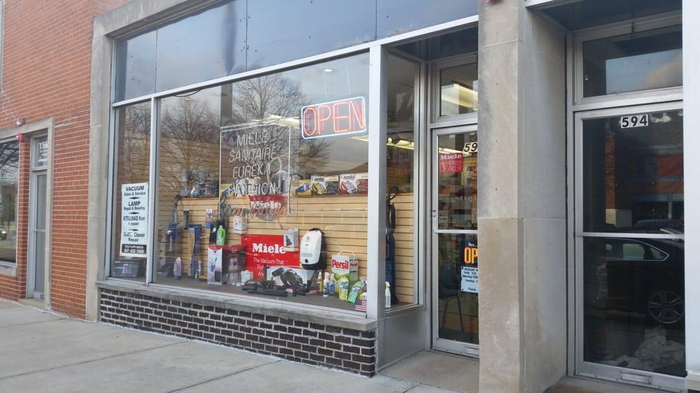 Kelly's Appliances: 592 Elm Pl, Highland Park, IL