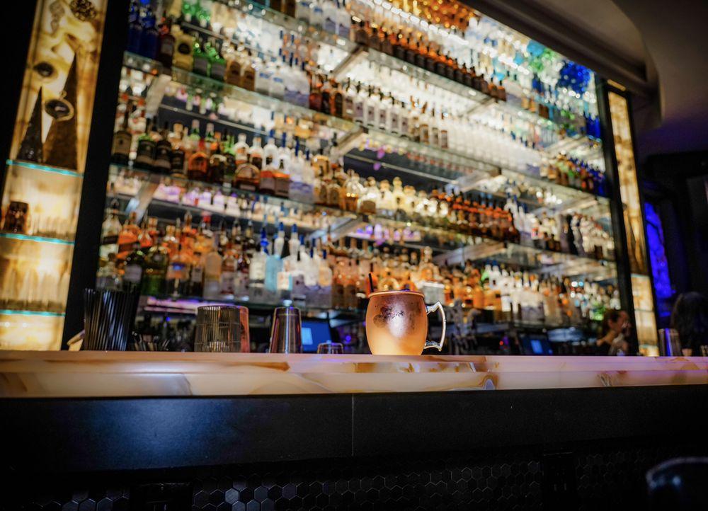 Gigante Restaurant & Bar: 660 White Plains Rd, Eastchester, NY