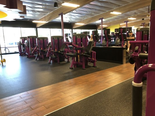 Planet Fitness 725 NE Greenwood Ave Bend, OR Health Clubs
