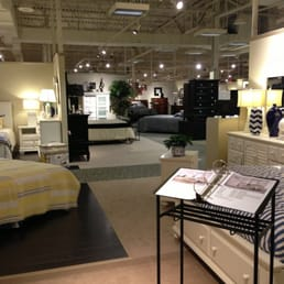Cardi S Furniture 42 Reviews Furniture Stores 1681 Quaker Ln West Warwick Ri United