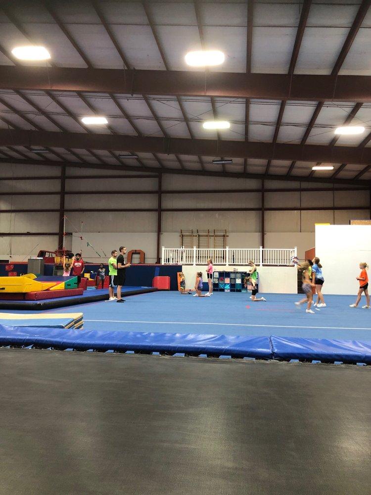 Family Sportsplex: 2346 Mascoutah Ave, Belleville, IL
