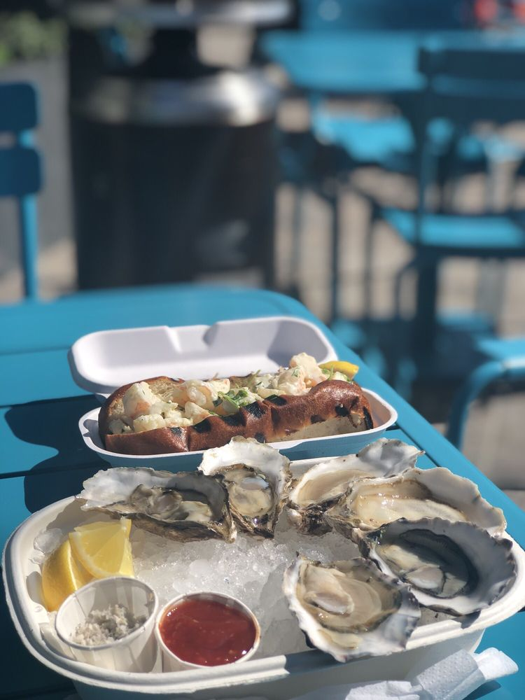 Boat Run Oyster Company: 615 Channelside Dr, Tampa, FL