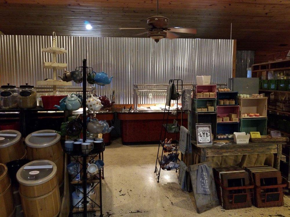 Log Cabin Tea: 59 Douglas Rd, Falkville, AL