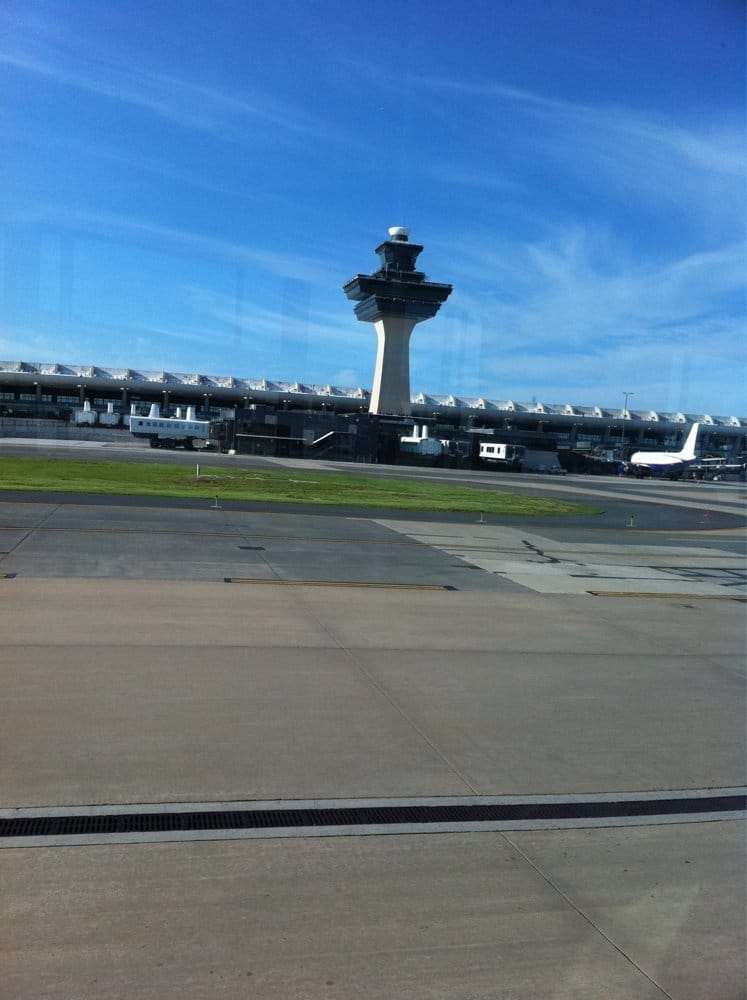 Airport Wireless: 1 Saarinen Cir, Dulles, VA
