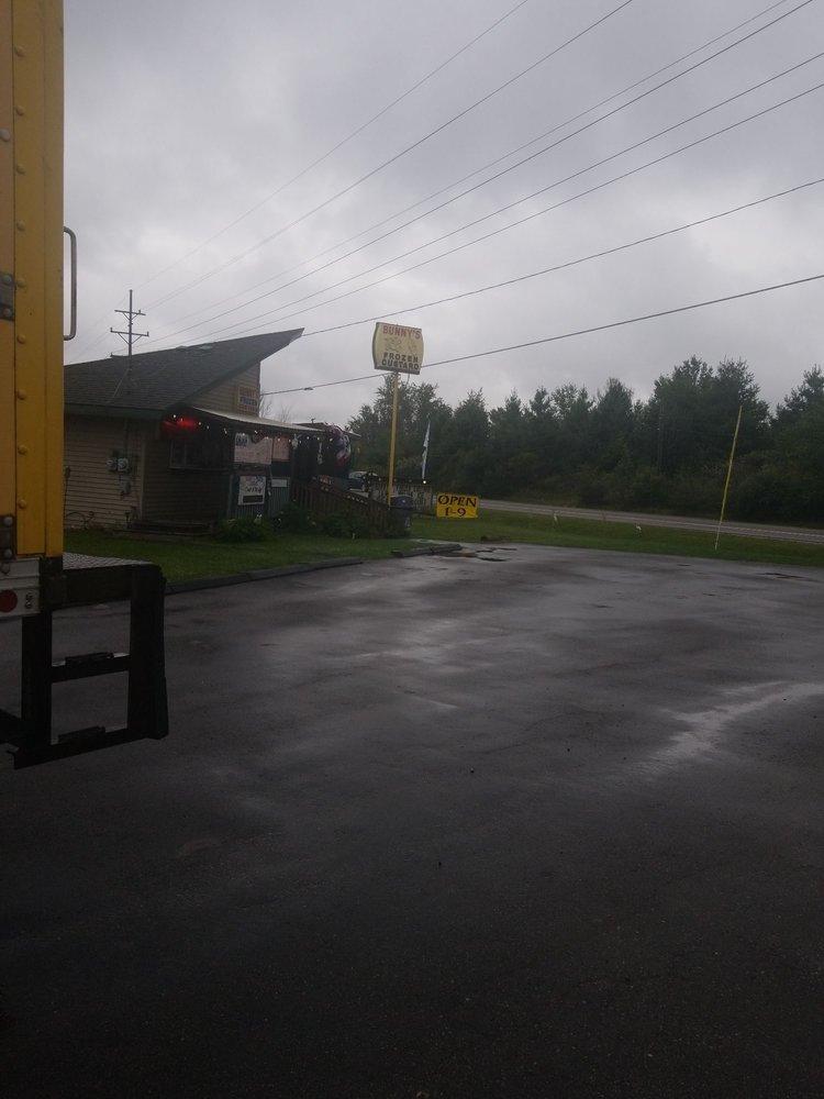 Bunny's Frozen Custard: 6457 Lakeshore Rd, Lexington, MI