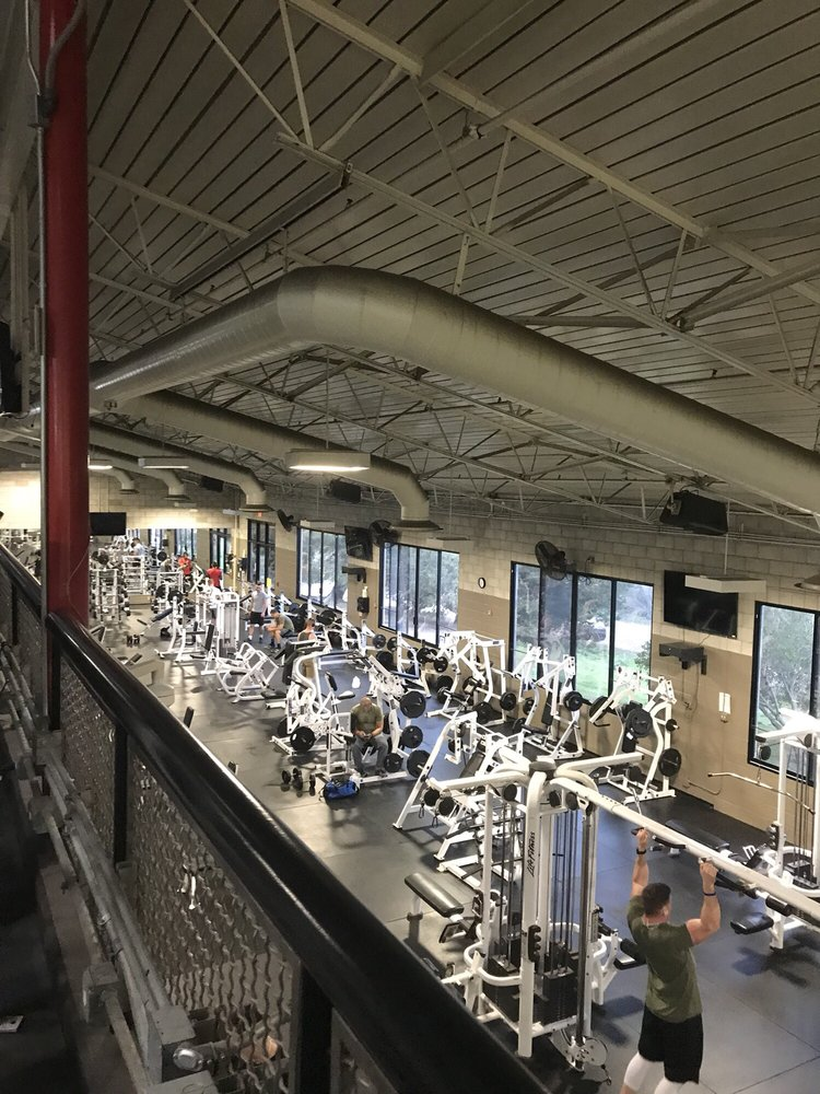 21 Area Fitness Center: Camp Pendleton 21 Area, Camp Pendleton North, CA