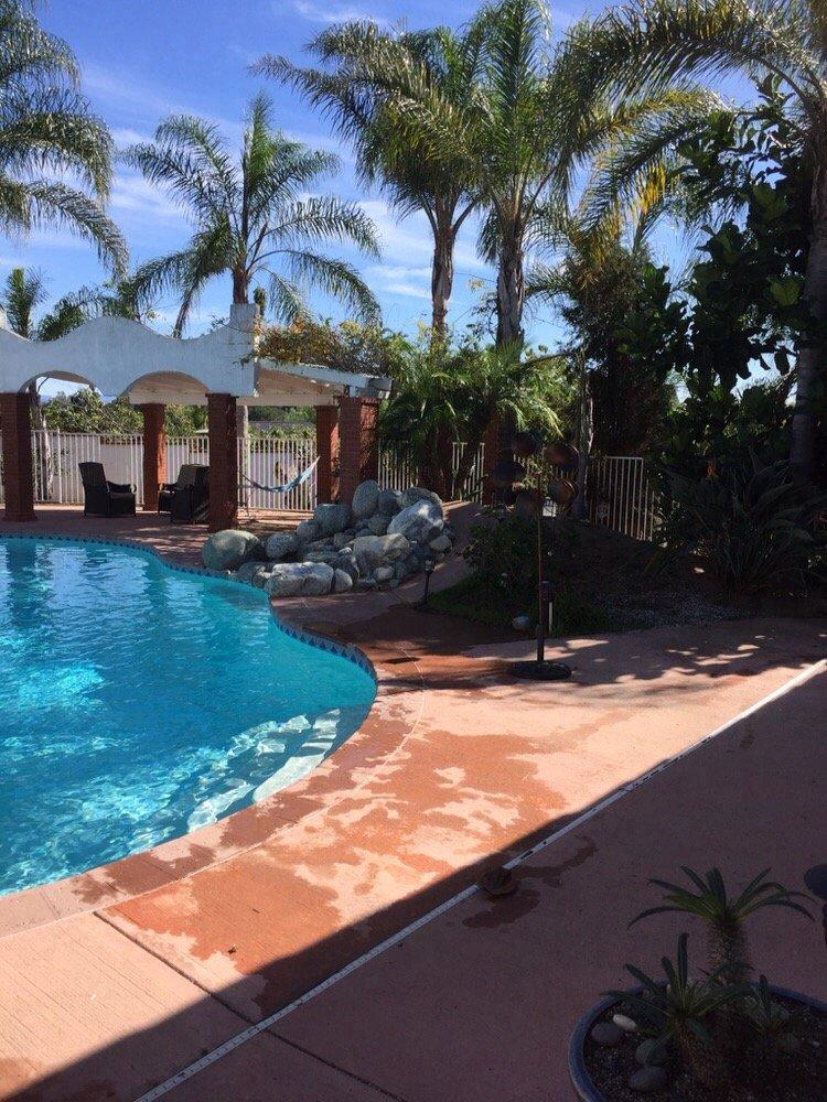 Leslie S Swimming Pool Supplies 11 Reviews Hot Tub