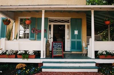 Trinity House Cafe: 101 E Market St, Leesburg, VA