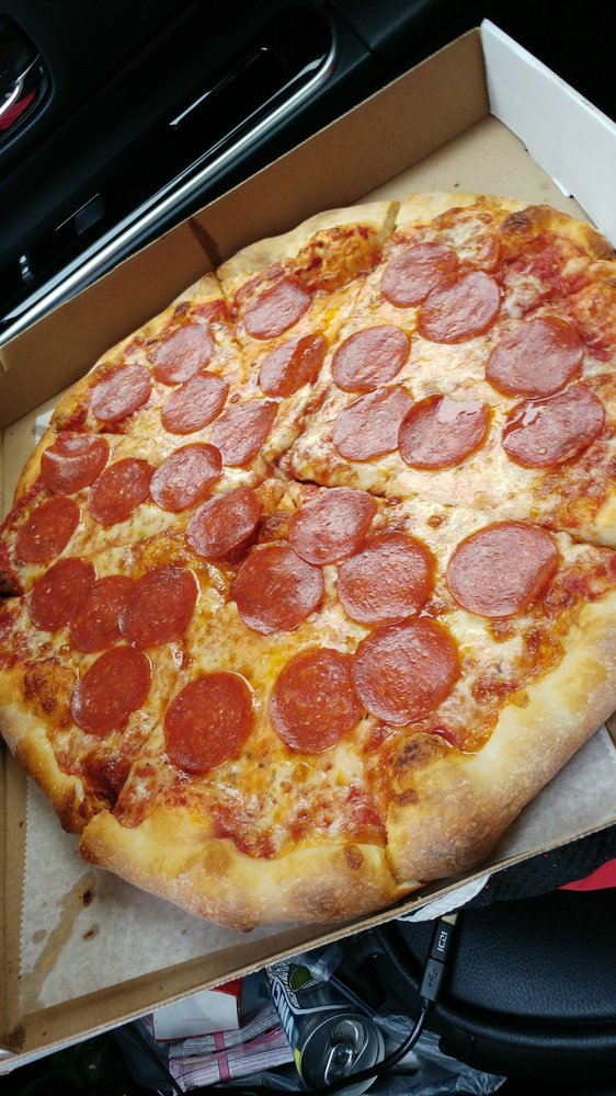 Food from Big Papas Brick Oven Pizza