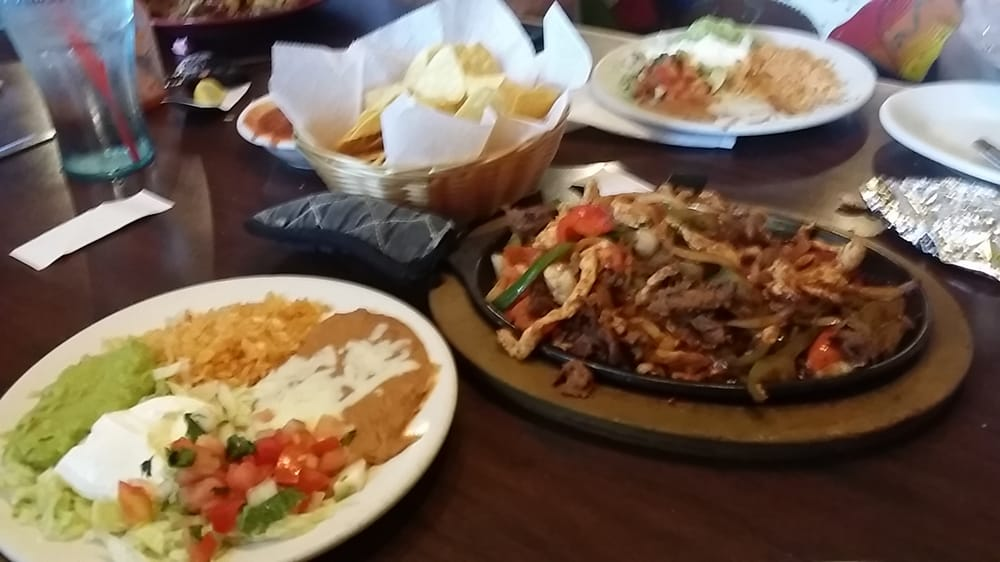 Mexican Restaurant Macland Rd