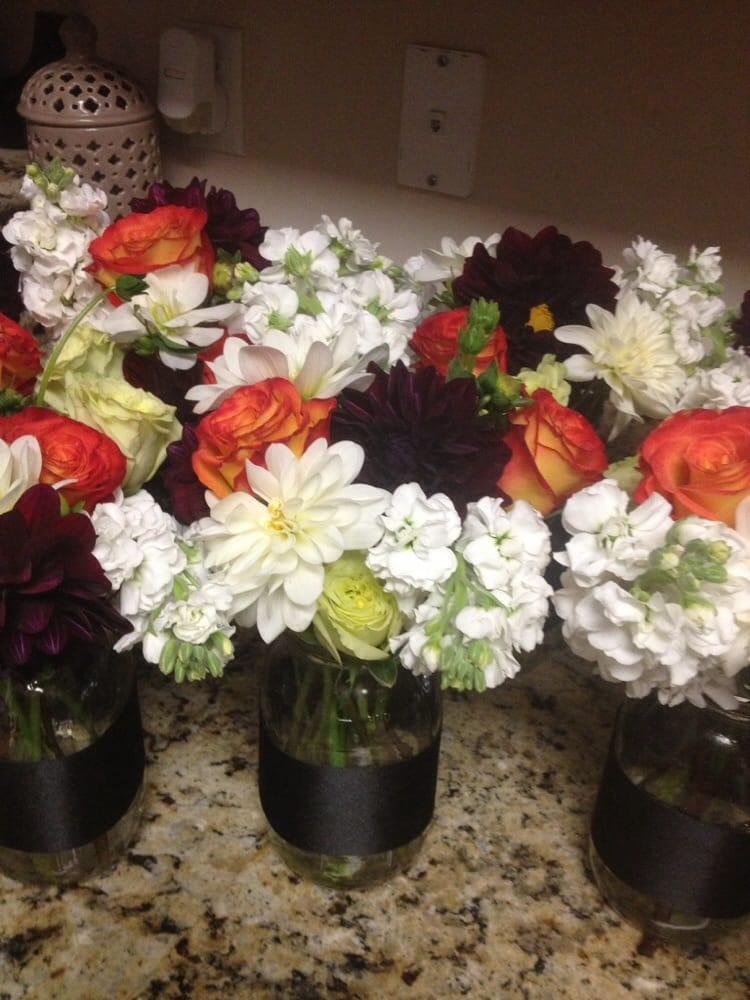 Photos for bakersfield flower market yelp for Log cabin florist bakersfield