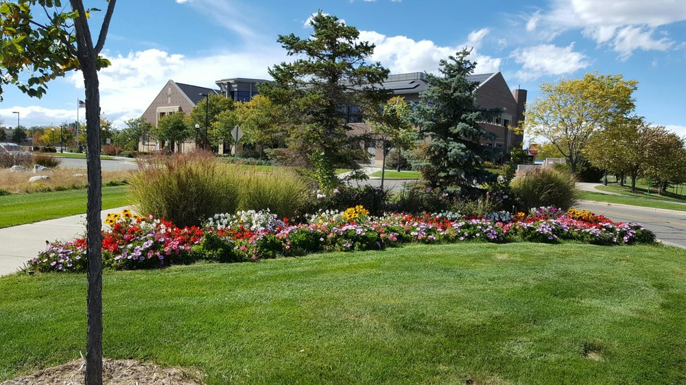 Mamie Doud Eisenhower Library: 3 Community Park Rd, Broomfield, CO