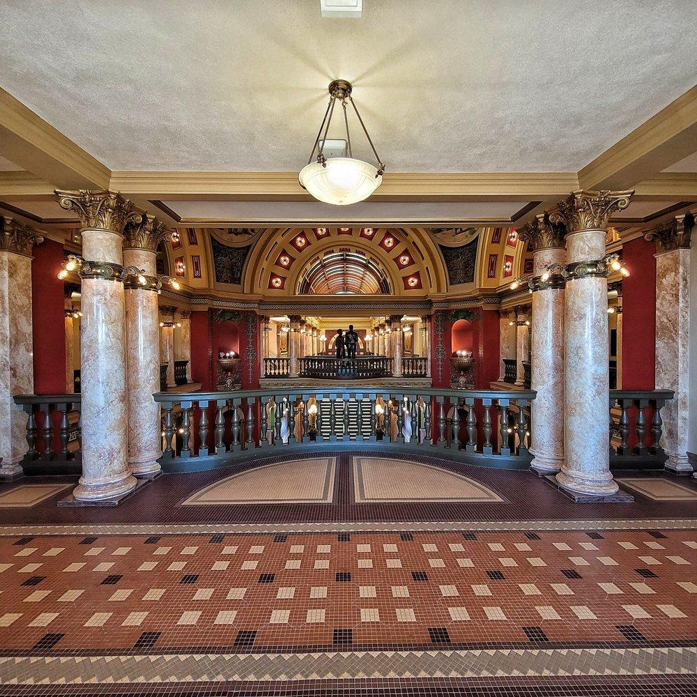 Montana State Capitol: 1301 E 6th Ave, Helena, MT