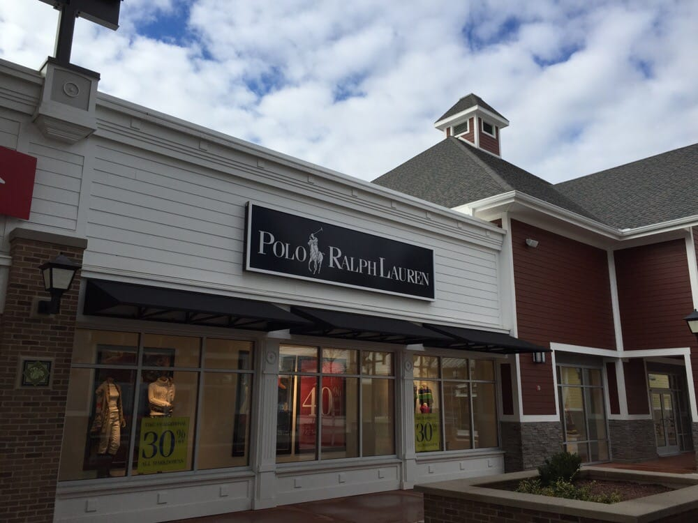 Banana Republic: 80 Premium Outlets Blvd, Merrimack, NH