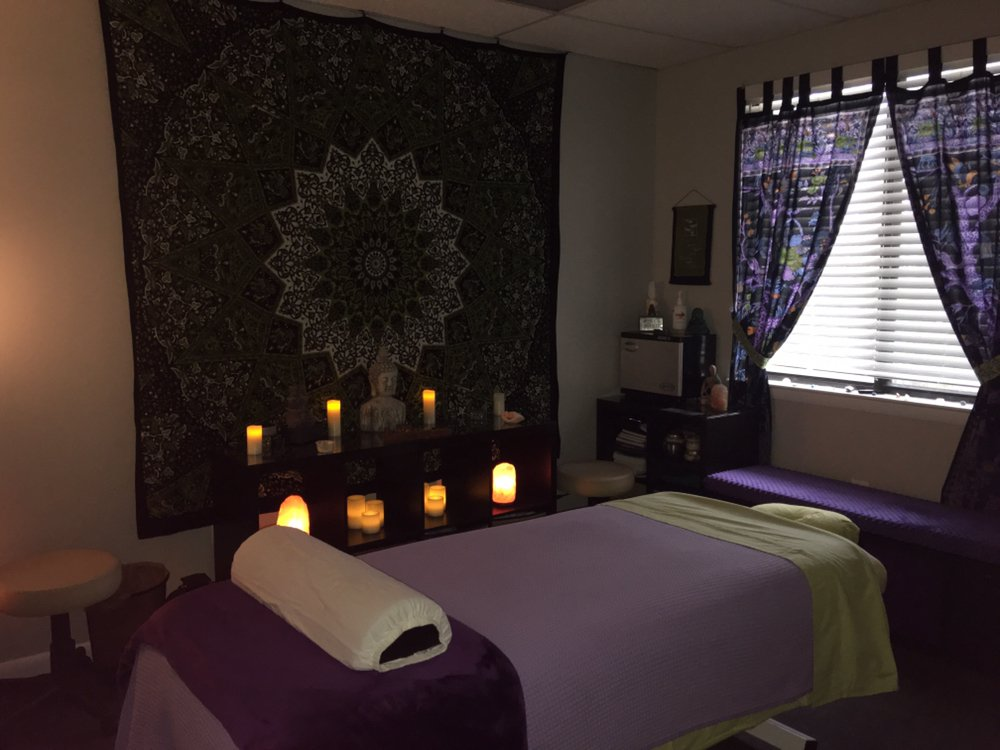 Nourishing Hands Therapeutic Massage: 580 Bellerive Rd, Annapolis, MD