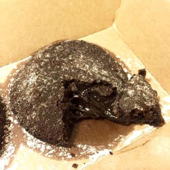 Chocolate Lava Crunch H Cake Domino S