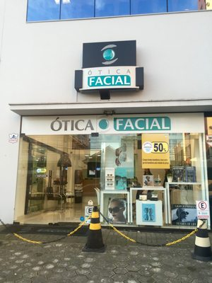 63fa6d8db2524 Ótica Facial - Eyewear   Opticians - R. Lages