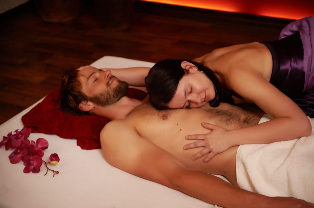 Смотреть эротический тантрический массаж видео голые
