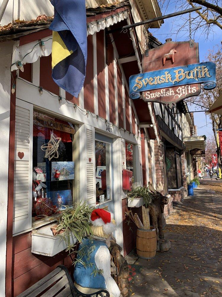 Svensk Butik Gift Shop: 1465 Draper St, Kingsburg, CA