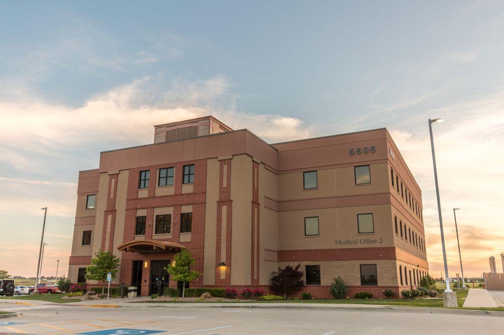 Southwestern Medical Center: 5602 SW Lee Blvd, Lawton, OK