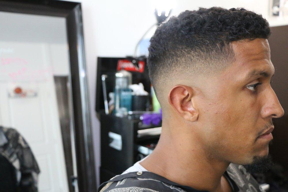 In The Cut Toronto Barbers 428 Lakeshore Boulevard W Toronto