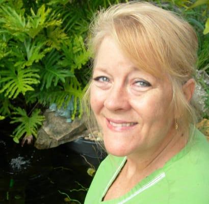 Loughman FL Middle Eastern Single Women