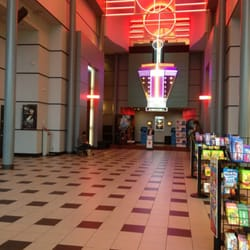 Regal cinemas crossroads 8 cinema bellevue wa yelp - Regal theaters garden grove showtimes ...