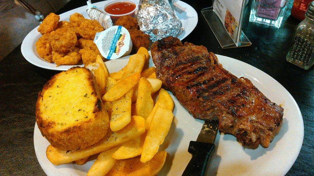 Ruben's Fish and Steak House: 171 Moore's Creek Rd, Columbus, MS