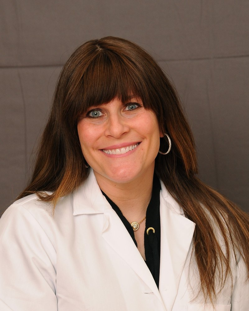 Advanced Dermatology: 150 Merrick Rd, Amityville, NY