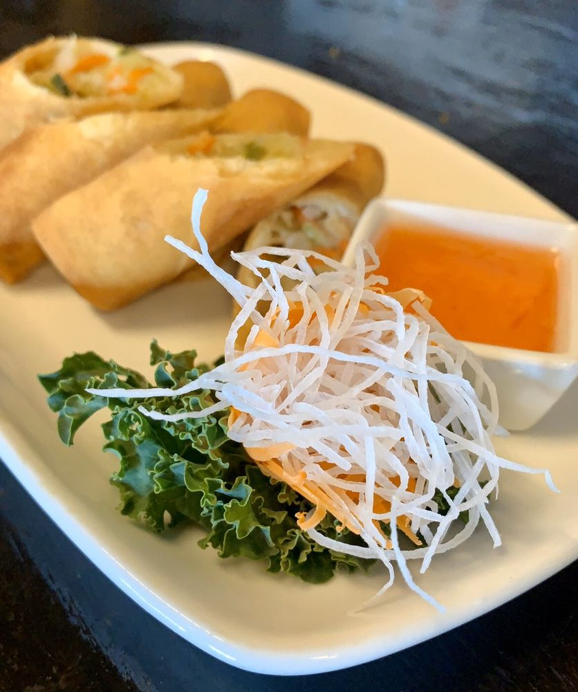 Thai Thai Bistro & Sushi Bar: 971 E Eau Gallie Blvd, Melbourne, FL