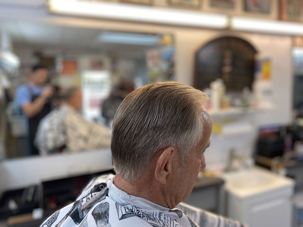 Paul's Barber Shop: 4409 US Highway 301 N, Ellenton, FL