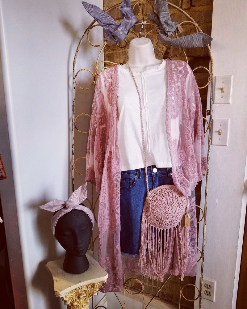 Lovely's Boutique: 122 Front St, Swansboro, NC