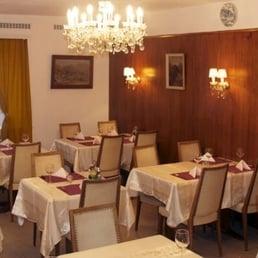 Restaurant de fontenay reisen tourismus chemin de for Salle a manger yelp
