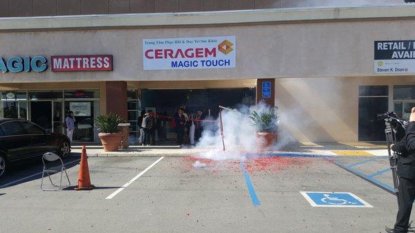 Ceragem Magic Touch - Wellness Center 12093 Brookhurst St
