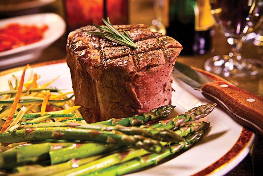 The Western Door Steakhouse: 310 4th St, Niagara Falls, NY
