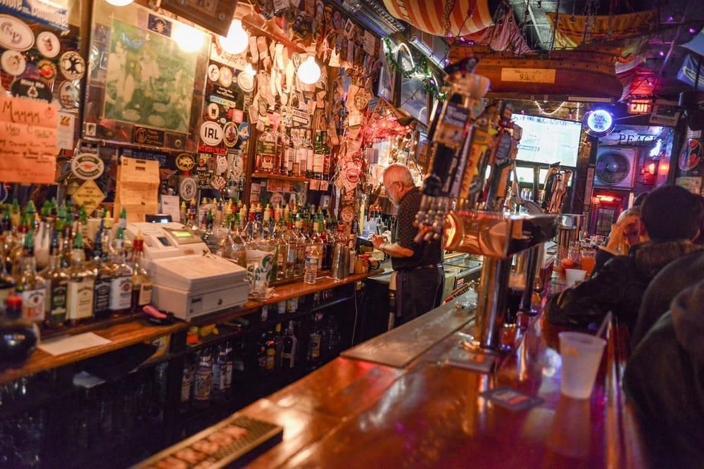 Cat S Eye Pub 53 Photos Amp 97 Reviews Dive Bars 1730