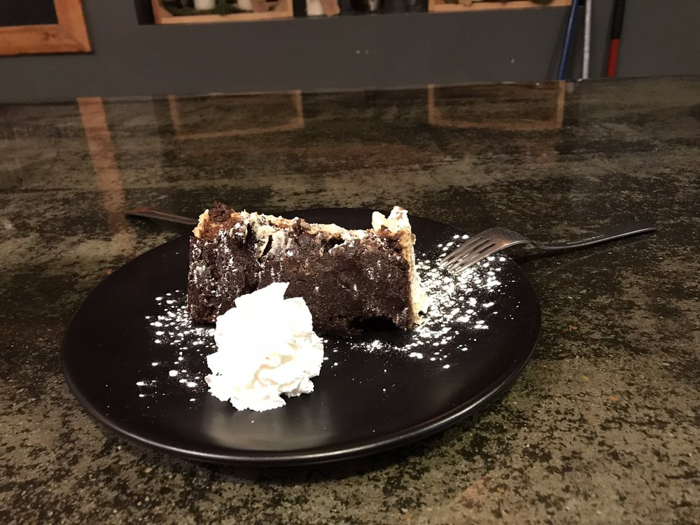 The Pour House Bistro + Winebar: 42 North St, Crossville, TN