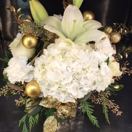 Photo of Bonita Flowers & Gifts - Mcallen, TX, United States. White and