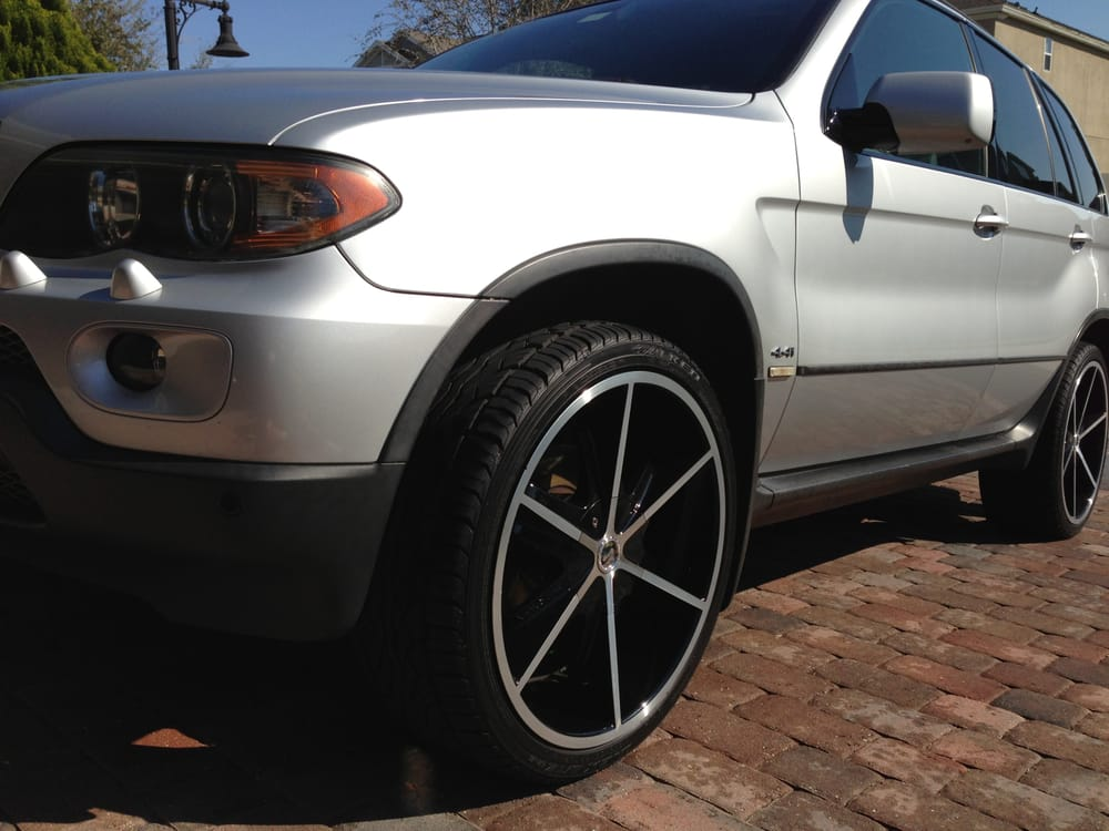 04 Bmw X5 4 4i With Strada Pistola 22 Black Amp Machined Rims And Falken Tires Yelp