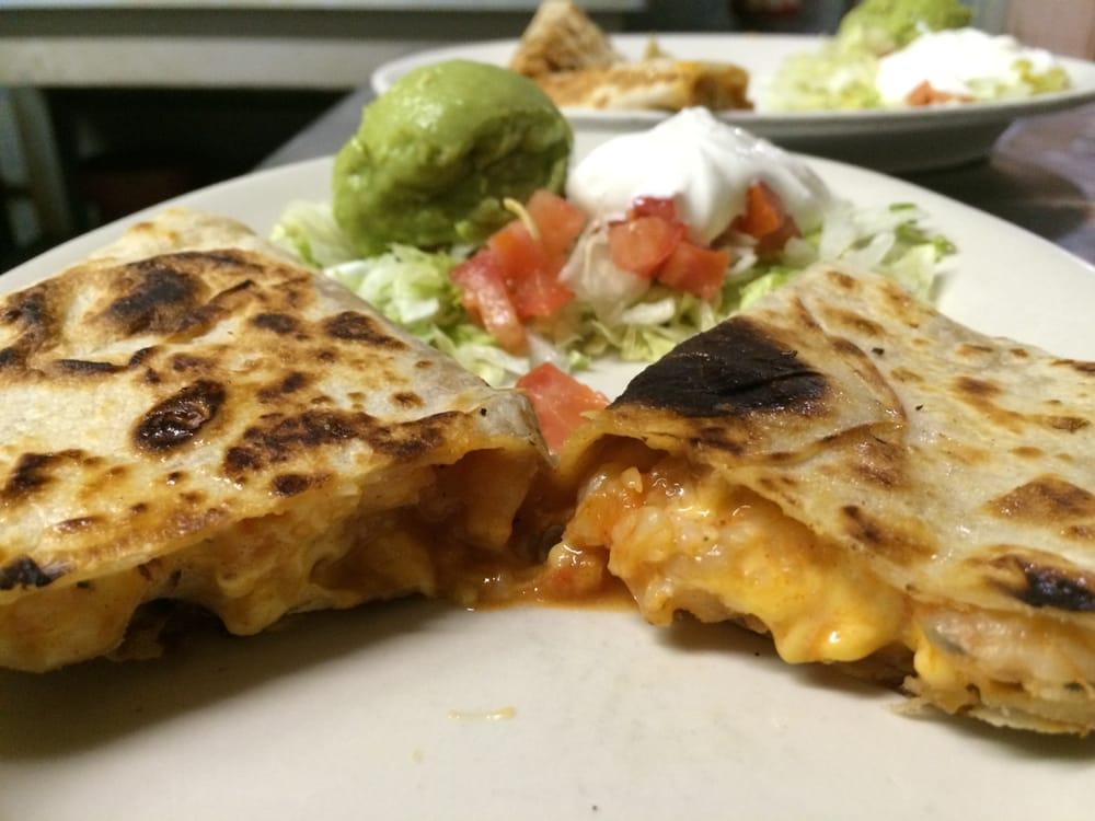 Taco Rey Mexican Restaurant: 1505 Nederland Ave, Nederland, TX