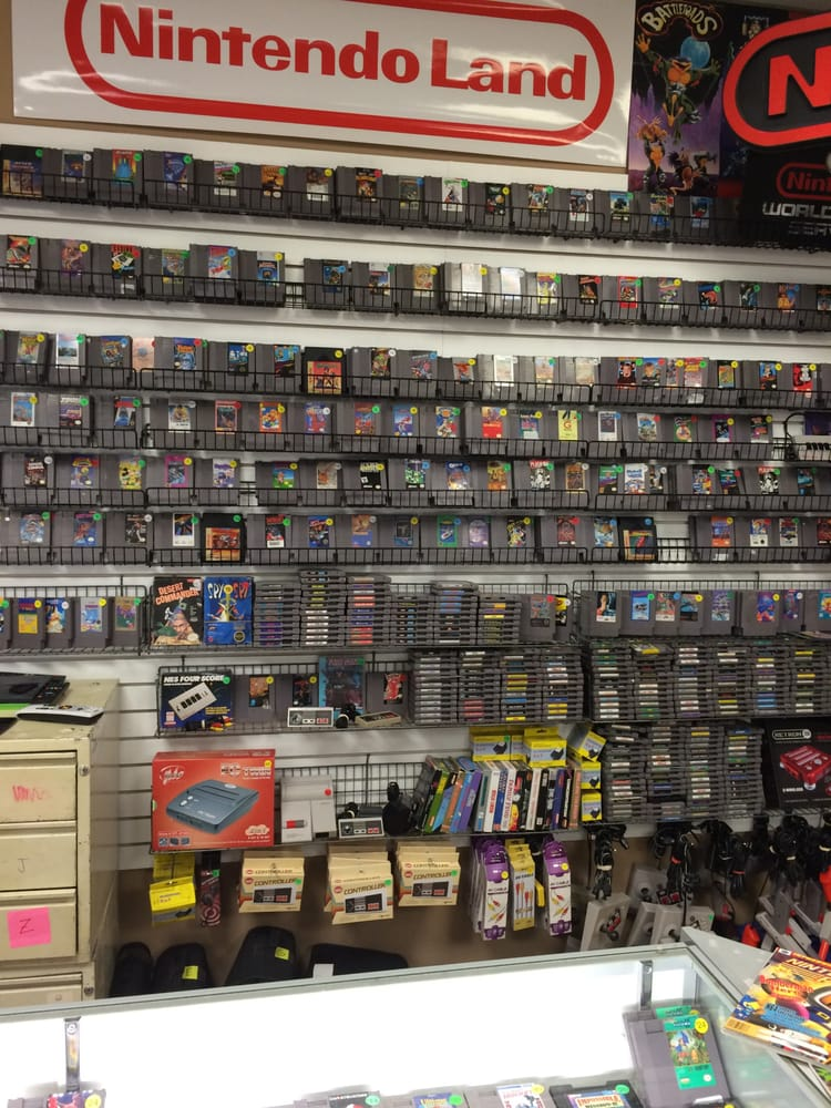 Hundreds Of NES Games Yelp - Doc's video games