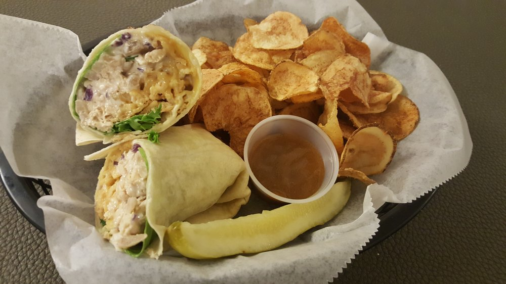 Lowell Mill Restaurant: 595 Bagley Rd, Kenly, NC